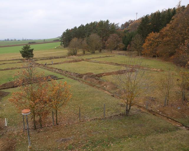Archäologie des Holocausts und Erforschung des Konzentrationslagers in Lety (2016-2019)