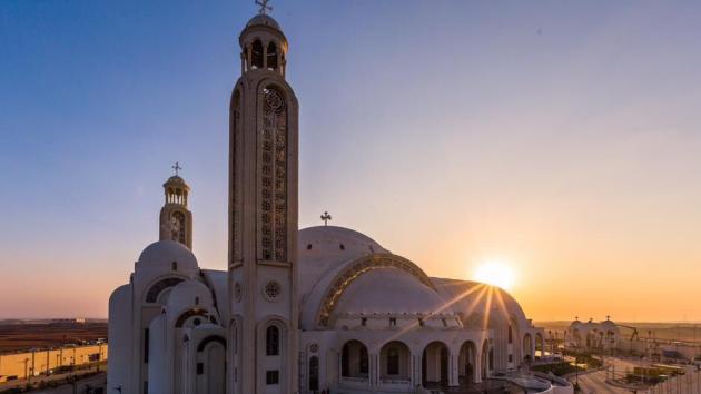 Katedrála a mešita. Mezináboženský dialog.